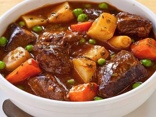 বিফ স্টু মেক্সিকান স্টাইলে স্লো কুকিং মেথড এ গরুর মাংস রান্না সহজ রেসিপি – Mexican Beef Stew