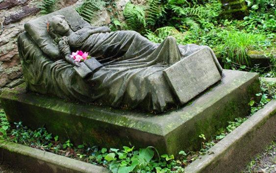 grave Caroline Christine Walter